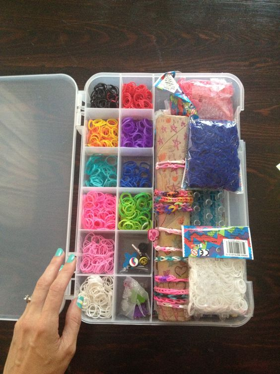 Rainbowloom Organizer.