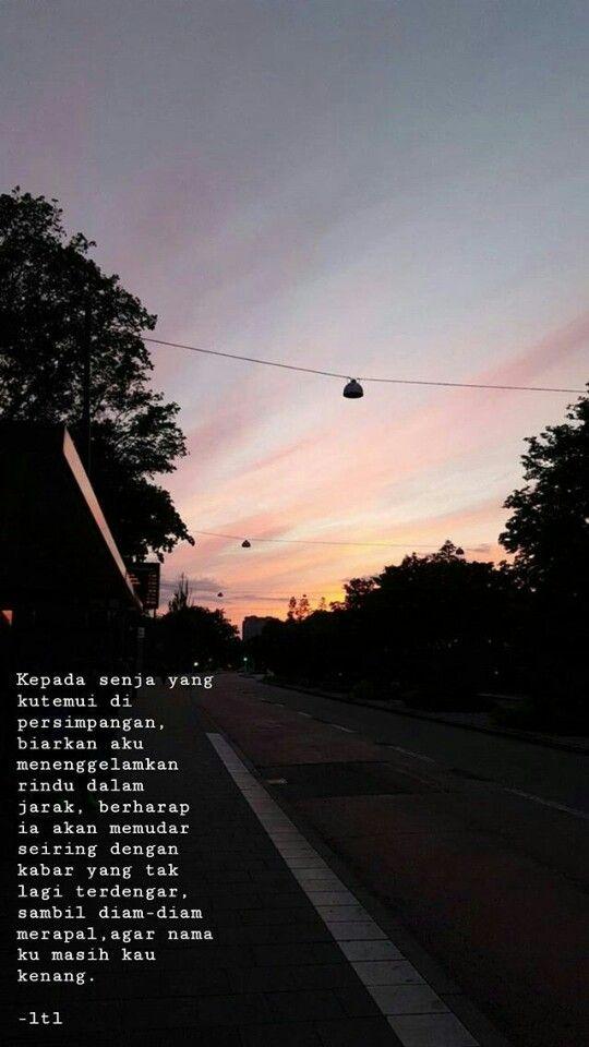 Kepada Senja Yang Kutemui Di Persimpangan Dengan Gambar