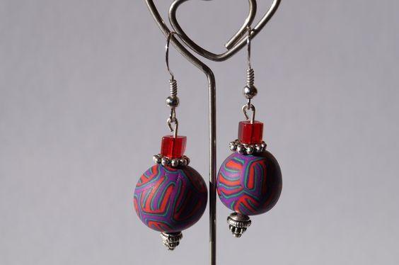 Tolle Ohrringe in rot, lila und grün. von Selbstgemachtes 2 Froilleins Werkstatt auf DaWanda.com