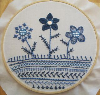 wonderful hoopla with 17 different stitches!