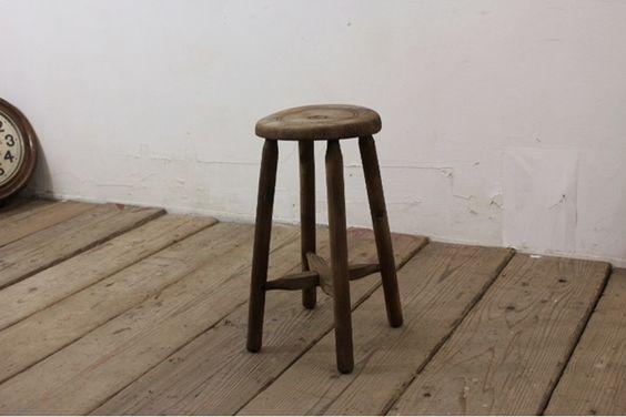 Chair TB526アンティーク古い木味の丸椅子 アトリエ スツール チェア インテリア 雑貨 家具 Antique ¥1000yen 〆08月31日