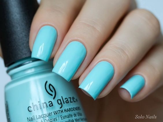China Glaze «At Vase Value»