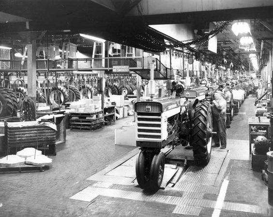 Farmall 460 Assembly Line | Photograph | Wisconsin Historical Society