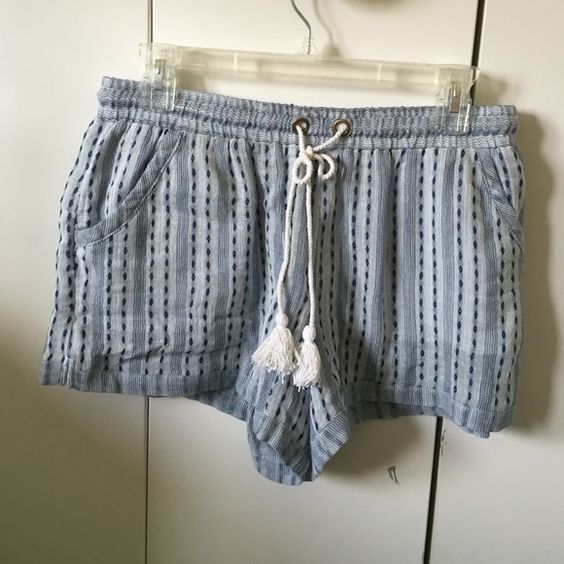 Free People Beach Shorts Baggy fit, super comfy, great color! Never been worn! Free People Shorts