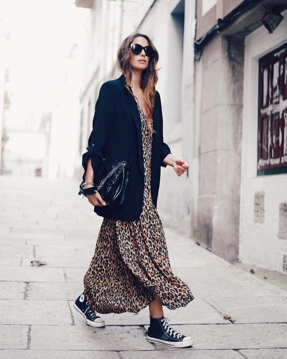 Leopard Outfits Trends to Keep in 2019 Classic Print Oversized Black Blazer Outfits Leopard Maxi Dress Sneaker Outfit Ideas Street Style LA style Fashion Influencer Style
