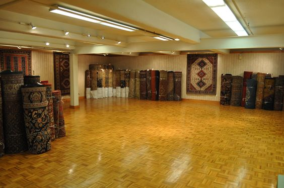 Oversize Gallery