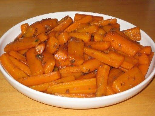 Kochen, Backen, Politik und andere Sauereien aus Connewitz: Knoblauch-Balsamico-Moehren