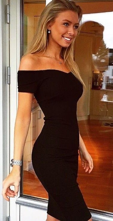 I love this off the shoulder dress on her. And her body though #goals