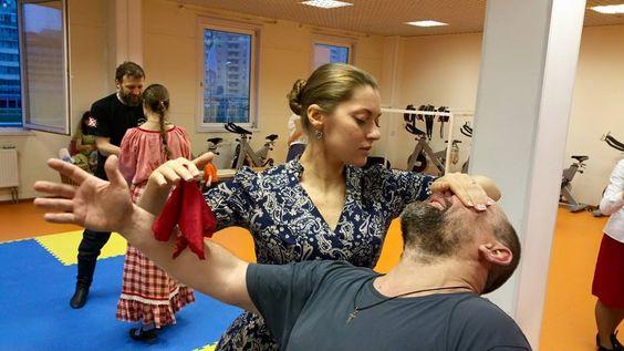 Frau in Action! SYSTEMA Austria www.rma-sytema.at