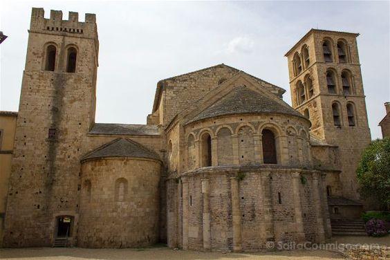 La catedral de Caunes-Minervois, su interior es todo de mármol
