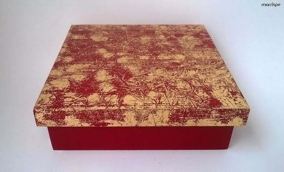 Caixa decorada com técnica transfer #artesanato #decoração #caixa #dourado #transfer #mdf #madeira #pintura #pap #diy #passoapasso #tutorial #façavocemesmo #decor #artesanatocriativo #criativo #caixadecorada #organização #dica #ideia #diydecor #artesã #marrispe