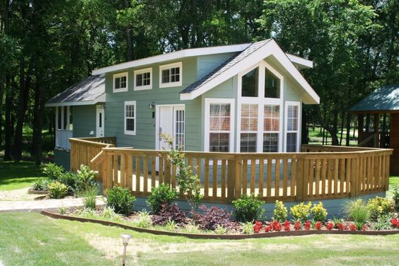 a look at park model homes | remodeling ideas, tiny houses and models