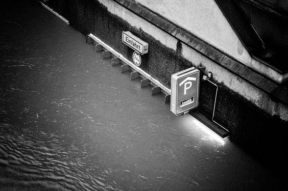 Jahrhunderflut 2013 in Passau by Alexander von Wiedenbeck
