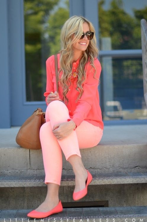 MONOCHROMATIC OUTFIT IDEAS - Coral Blouse: