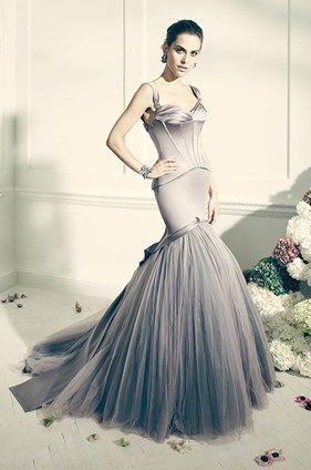 What a breathtaking gray dress from the new Truly Zac Posen collection for David's Bridal. Take a look of the whole beautiful collection.