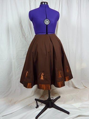 Steampunk Rock mit Petticoat, Motiv ist von mir entworfen und mit meiner Stickmaschine gestickt / Steampunk skirt with petticoat an machine stitchery, designed by myself