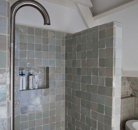 vtwonen tegels in de badkamer