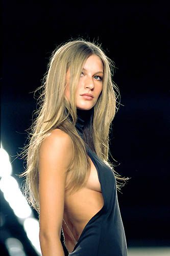 Absolutely awesome yeah even Gisele dressed down for Ralph Lauren F/W 2000.