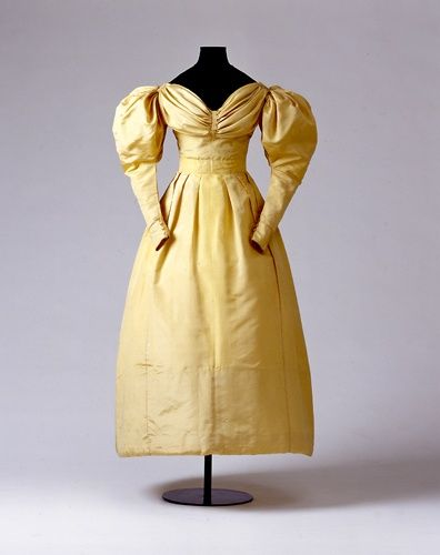 Ladies' dress, worn by a member of the family of Abel, ca.1830