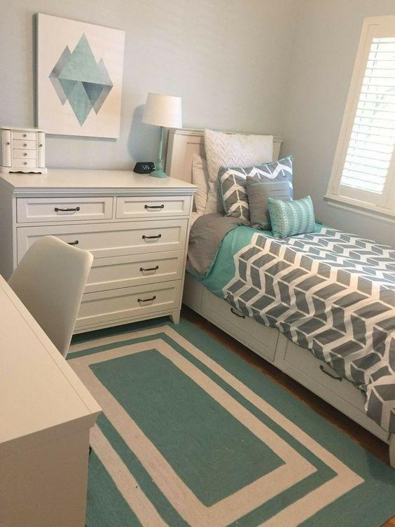 40+ Lovely Teen Girl Bedroom Ideas #bedroom #bedroomdecor #bedroomdecorideas