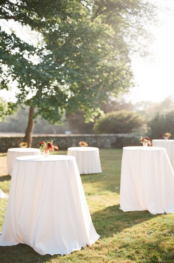 This wedding? It's everything. It's laid back, yet elegant, cozy, yet completely sophisticated and charms in ways that only a nature-inspired affair can do. From thedrop-dead gorgeous florals fromGreenlion Design to thebeautiful images from Ruth Eileen Photography to the amazing Mount Hope Farm