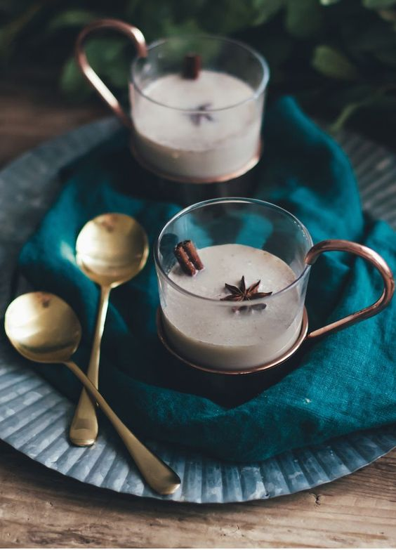 Hot Butter Rum with Creamy Batter // Craftandcocktails.co
