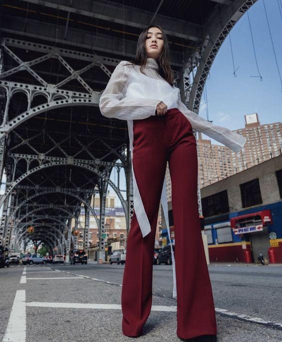 Burgundy.  #fashion #fashionblogger #fashionista #fashiongram #style #shopping #burgundyvibes #elegant #clasy #ootd #ootdshare #ootdfashion #ootdwomen
