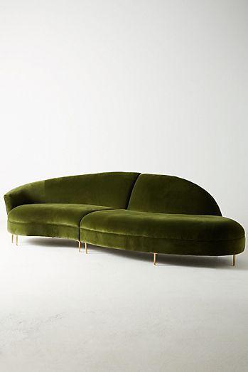 10 Canapes En Velours A Installer Absolument Dans Votre Salon En 2020 Sofa En Velours Canape Velours Meuble Unique