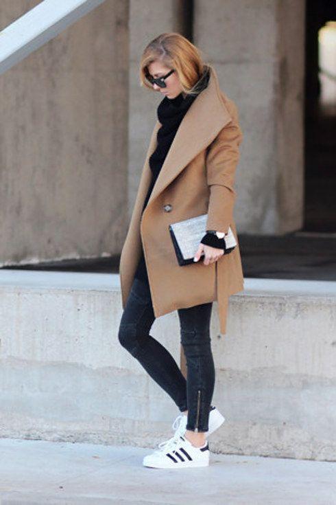 La prueba definitiva que en los días fríos no tienes que usar solo botas: | 29 Looks ideales para las chicas que no quieren usar tacones
