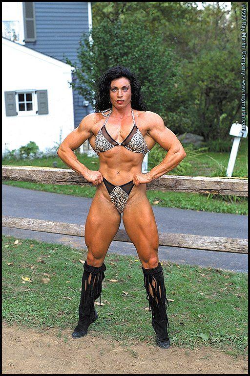 nude muscle girls