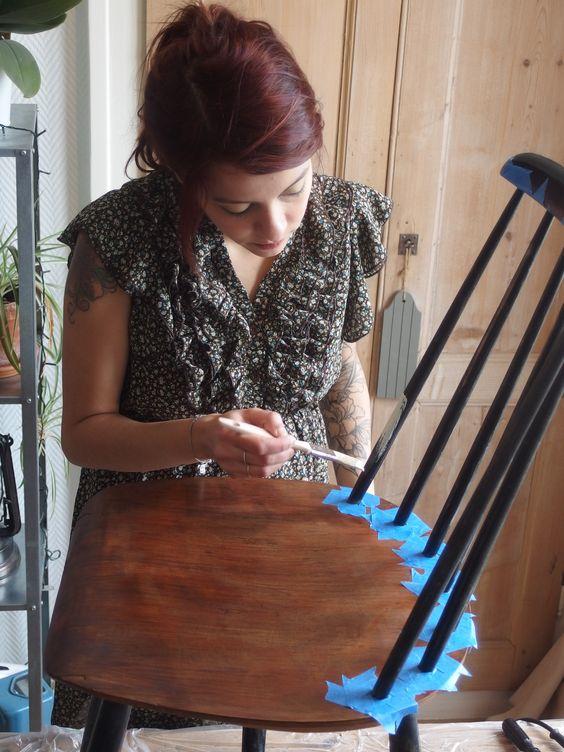 Peignez de la couleur souhaitée en prenant soin d'utiliser une peinture spéciale bois. #DIY #Bricolage