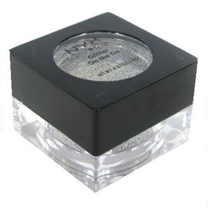 NYX Glitter On The Go 2g - Crystal (03) Loose glitter to add perfect sparkles anywhere you want to shine! Apply to hair, face and body! http://www.comparestoreprices.co.uk/cosmetics/nyx-glitter-on-the-go-2g--crystal-03-.asp