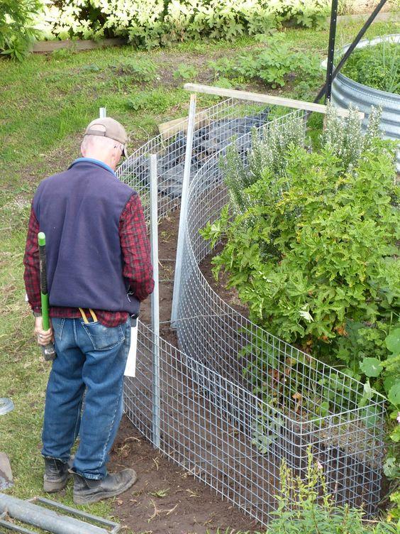 Gabion Fence | our curved gabion wall mock