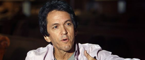 Mitch Albom's New Book, 'The First Phone Call From Heaven,' Strays From Familiar Formula