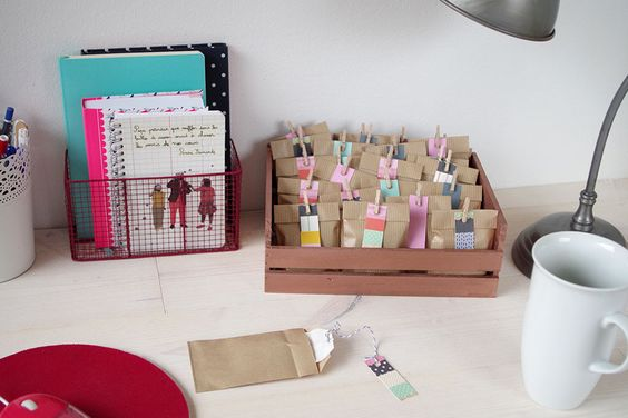 diy mon calendrier de l 39 avent sp cial th id es no l. Black Bedroom Furniture Sets. Home Design Ideas