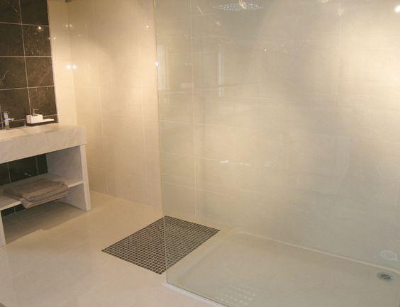 porcelain tile in a bathroom – house decor ideas