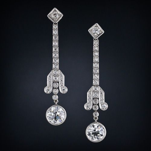 Diamond Drop Earrings in Platinum