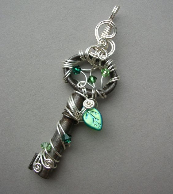 Wire Wrapped Key Pendant -- Fairy Jewelry -- Silver Wire, Green Leaf Key