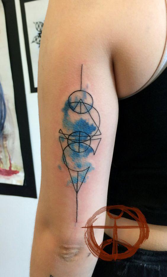 Tatu Arte, Tatuajes Geométricos, Amigos, Simbolos, Dibujos, Tatuaje Acuarela  Abstracta, Tatuaje De La Acuarela Geométrica, Increíble Acuarela,