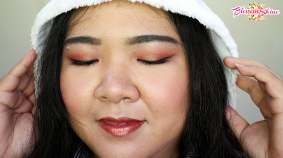 Rose Gold Christmas Makeup Look