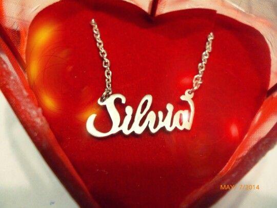♥ Collar de plata 950 baniado en oro de 18 #jewerly #namenecklace #alicia #mothersday #silvia