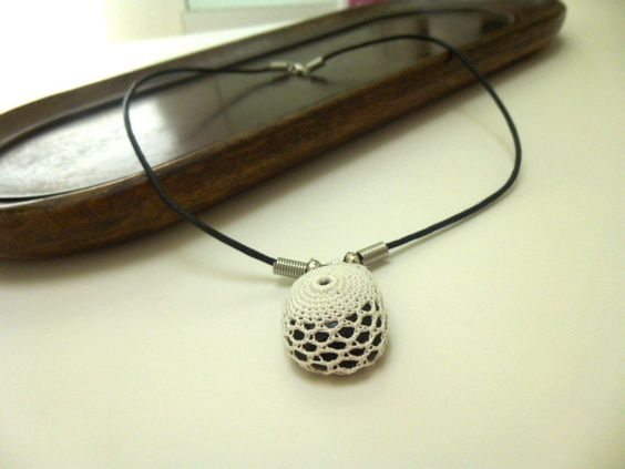 Crochet necklace with , naturel stone. #fashion#