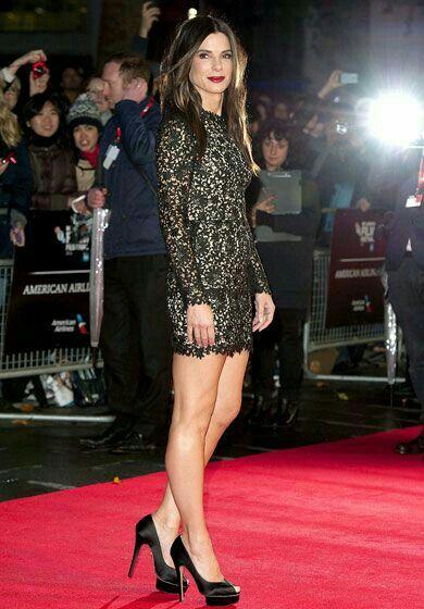 Sandra Bullock Incredible Legs In A Mini Dress And Sky
