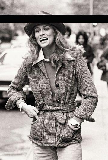 Lauren Hutton, 1974: