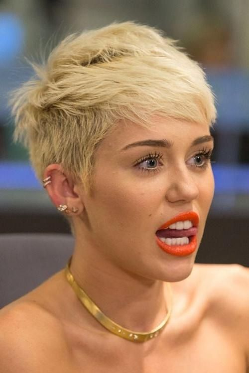 Explore Gallery Of Miley Cyrus Pixie Haircuts 2 Of 20 Miley Cyrus Hair Miley Cyrus Short Hair Pixie Haircut