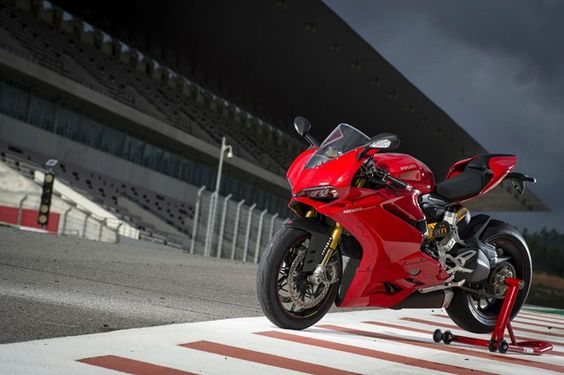 New Panigale and Hypermotard models for 2016 confirmed in emission certificates