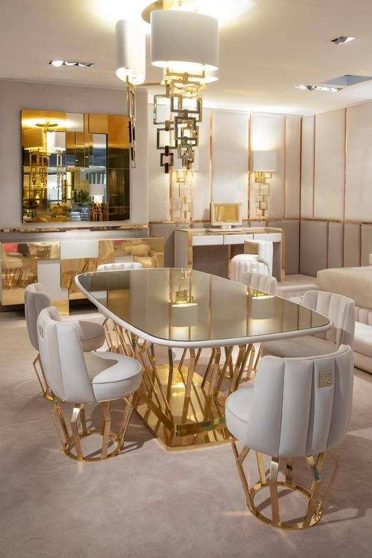 High End Brass Oval With Bronze Crystal Dining Table Signature Fertini Dining Room Design Luxury Luxury Dining Tables Dining Table Design Modern