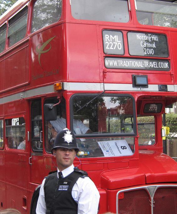 Gran Notting Hill Carnival. Esperado envento anual en el que este famoso barrio de #Londres se convierte en un carnaval caribeño. #viajes