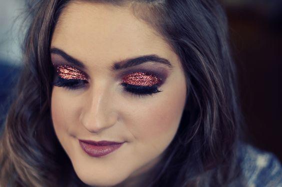 Christmas glitter makeup. Copper glitter. Bronze glitter makeup. Kimmy Cattin makeup. Kimmy_mua