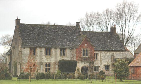 Ashbury Manor